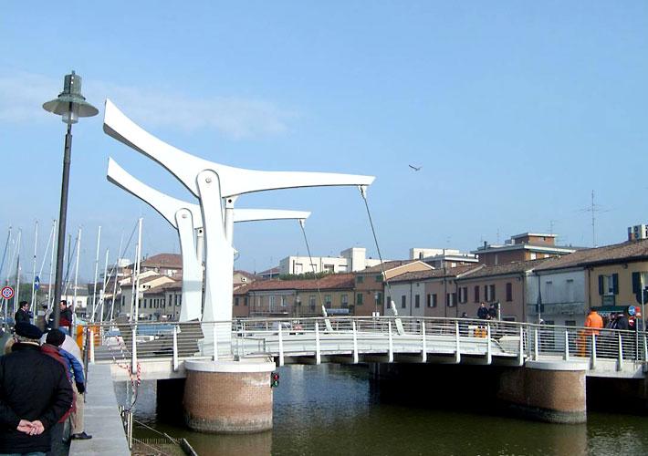 Ponti baruzzi officine meccaniche ravenna for Mobile a ponte